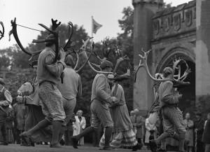 Horn Dancers